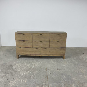 Antigua 8 Drawer Wide Chest