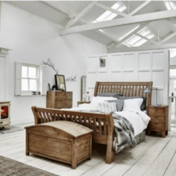 Antigua Slatted Bed