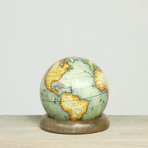 "5"" Globe on Ring"