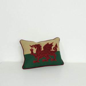 "12"" x 18"" Welsh Flag Cushion"